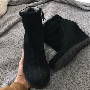 Nine West Shoes - Nine West black booties